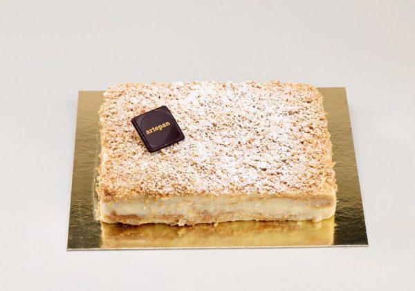 Tarta de hojaldre y crema pastelera