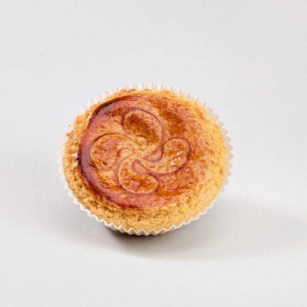 Ración de pastel vasco